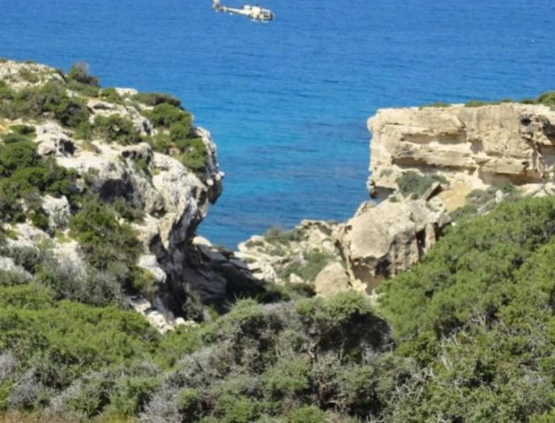Κόκκινος συναγερμός στην Κύπρο: Ζευγάρι Ελλήνων έπεσε από γκρεμό στον Ακάμα