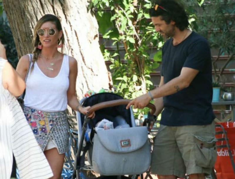 Τρελά ερωτευμένοι Αθηνά Οικονομάκου και Φίλιππος Μιχόπουλος - Τα νέα τρυφερά κλικ