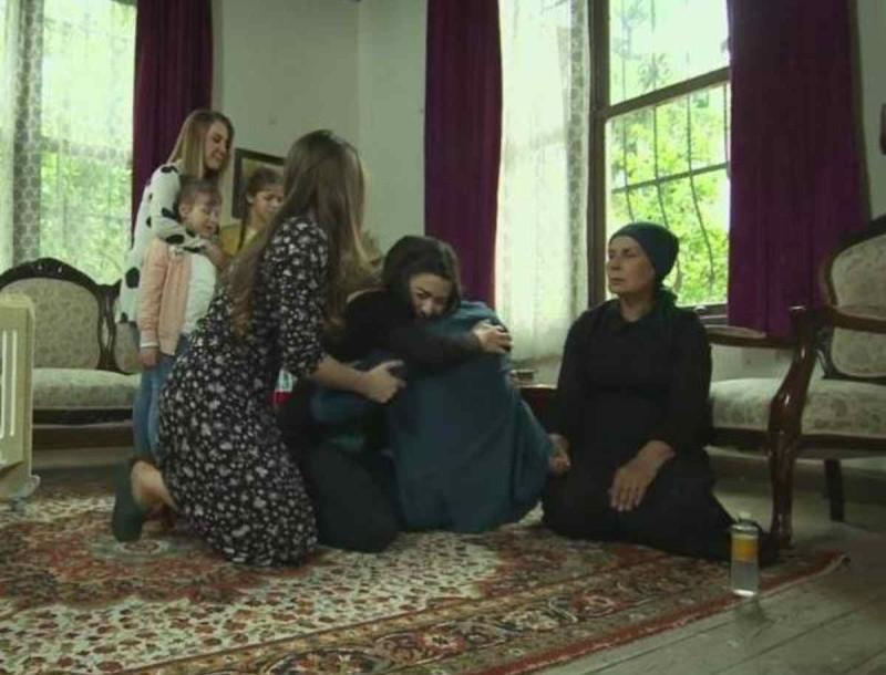 Δείτε σήμερα στο Elif (11/8) - Η Ελίφ μαθαίνει για τον όγκο του Σελίμ