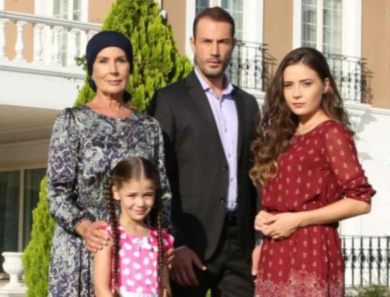 Σοκ στην Elif - «Δεν πέθανα Μελέκ»