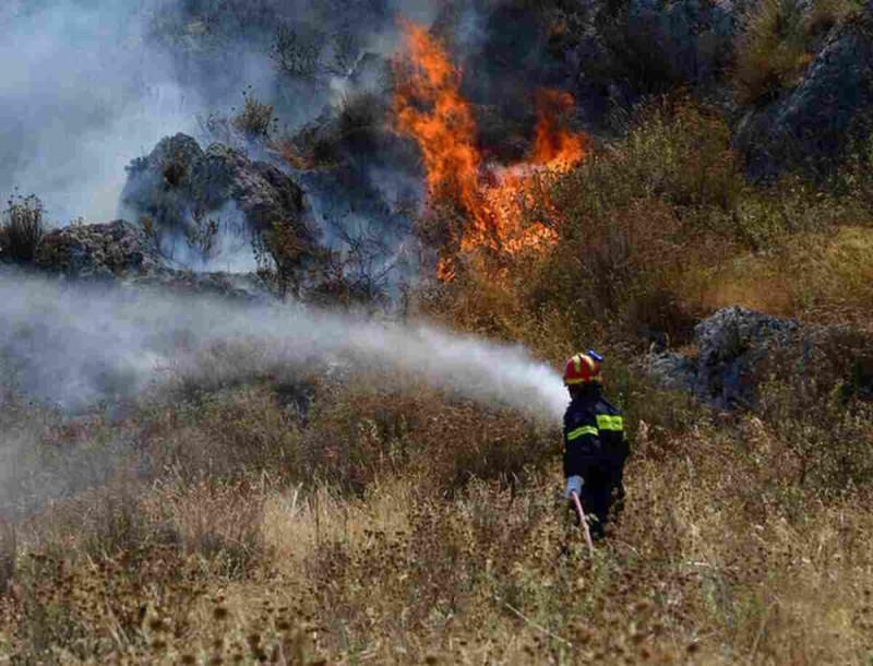Κύπρος: Πυρκαγιά μήκους 20 χλμ σε Λεμεσό και Πάφο