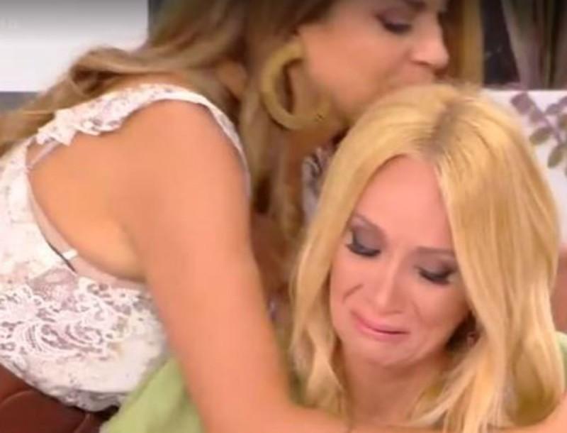Ξέσπασε σε κλάματα η Νάταλι Κάκκαβα - Τα λόγια με τρεμάμενη φωνή στο Καλοκαίρι #NOT
