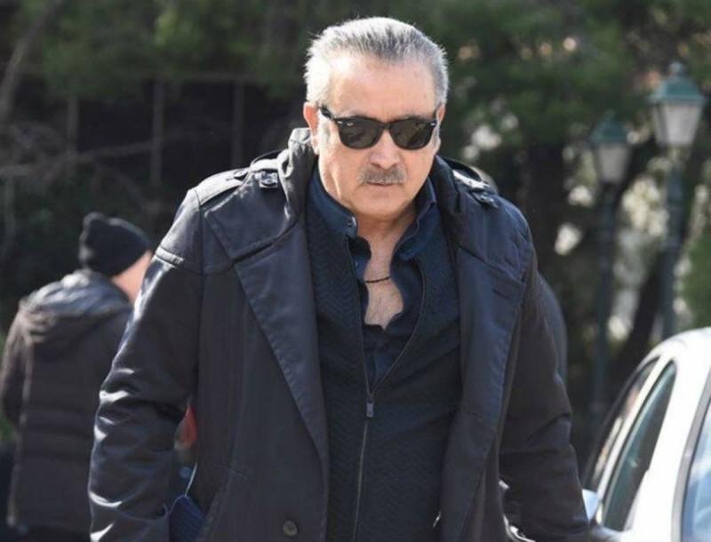 Ράγισε καρδιές ο Λάκης Λαζόπουλος ένα χρόνο μετά το θάνατο της γυναίκας του
