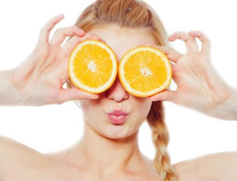 Σπιτική μάσκα πορτοκαλιού για απολέπιση και αποτοξίνωση