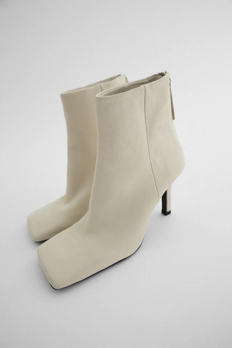 λευκά μποτάκια Zara