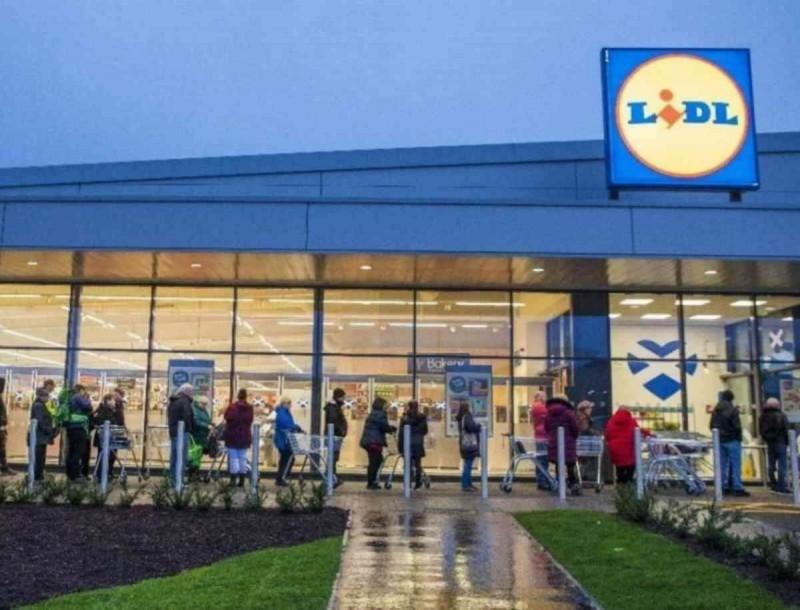 Νέο σούπερ μάρκετ στην Ελλάδα κάνει σκόνη τα Lidl - Έχει ακόμα πιο χαμηλές τιμές