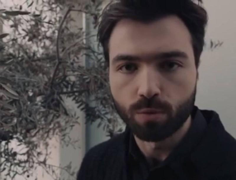8 Λέξεις: Η Βίκυ εκβιάζει τον Δημήτρη από τον φυλακή - Σούπερ αποκλειστικό