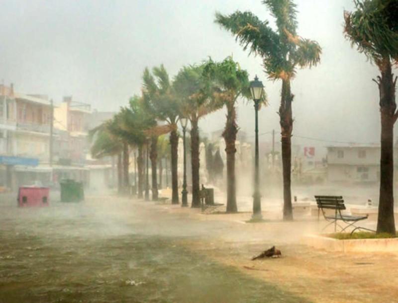 Κακοκαιρία Ιανός: Αγνοούνται δύο άτομα στην Καρδίτσα από τις πλημμύρες
