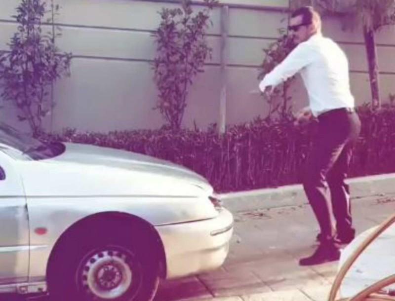 Ιωάννης Παπαζήσης: Έγινε έξαλλος και άρχισε να σπάει αυτοκίνητο με μανία