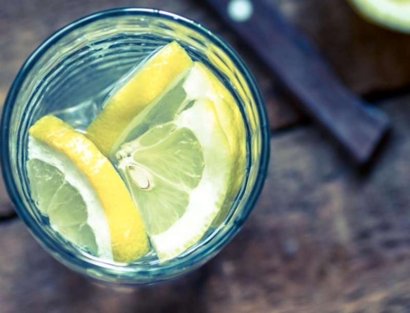 Ξέχνα το νερό με το λεμόνι - Πιες αυτό το