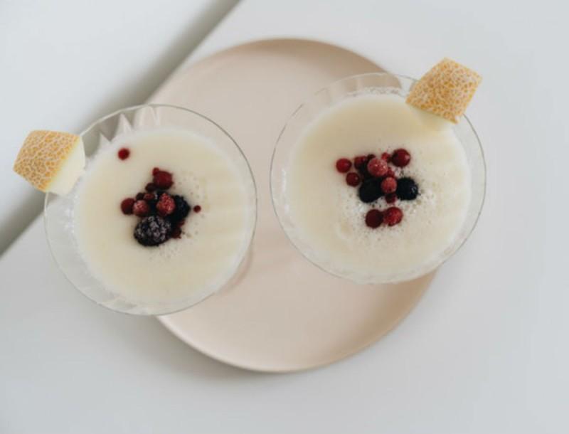 Bye bye λίπος - Μεγάλη επιτυχία αυτό το σπιτικό ρόφημα με μέλι, λεμόνι και γιαούρτι