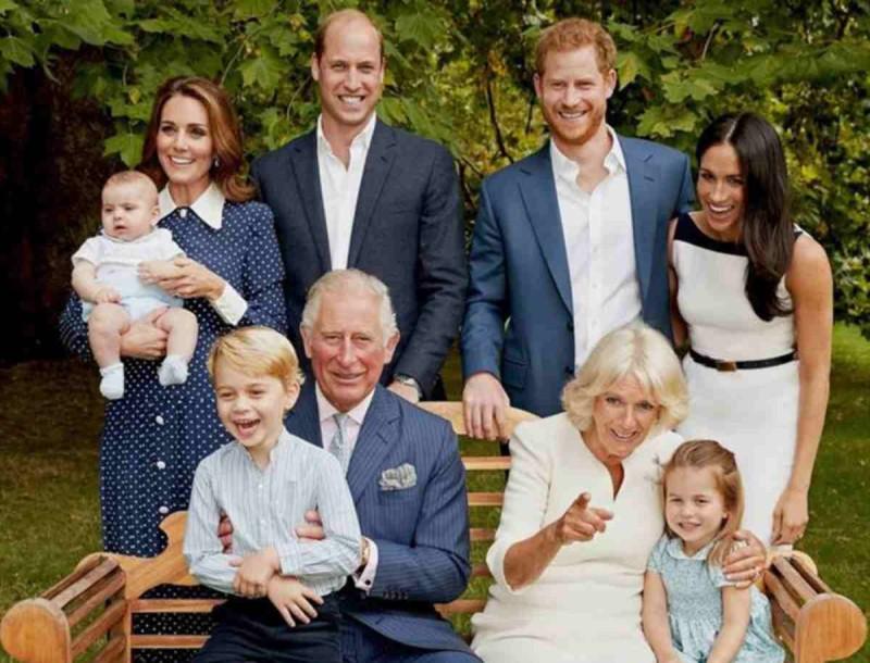 Χαρές στο Buckingham - Οι ευχές και η αινιγματική ανάρτηση με την Kate Middleton