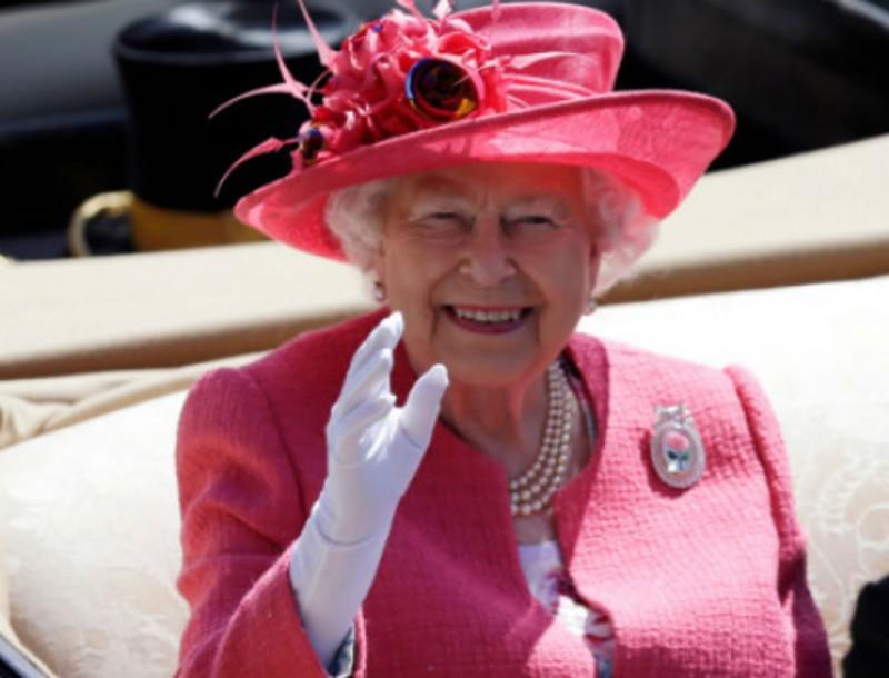 Οικονομικές δυσκολίες για την Βασίλισσα Ελισάβετ
