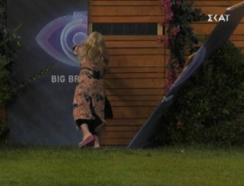 Big Brother: Χαμός στο σπίτι - Ξήλωσε τις πόρτες για να φύγει η Άννα Μαρία