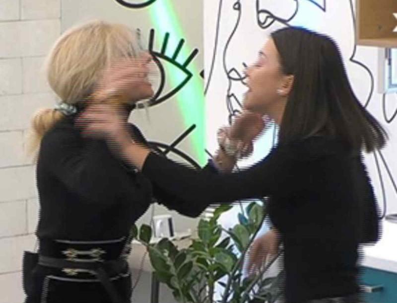 Big Brother: Πανικός με άγριο καυγά Ραίσας και Άννας Μαρίας - Την πήραν σηκωτή!