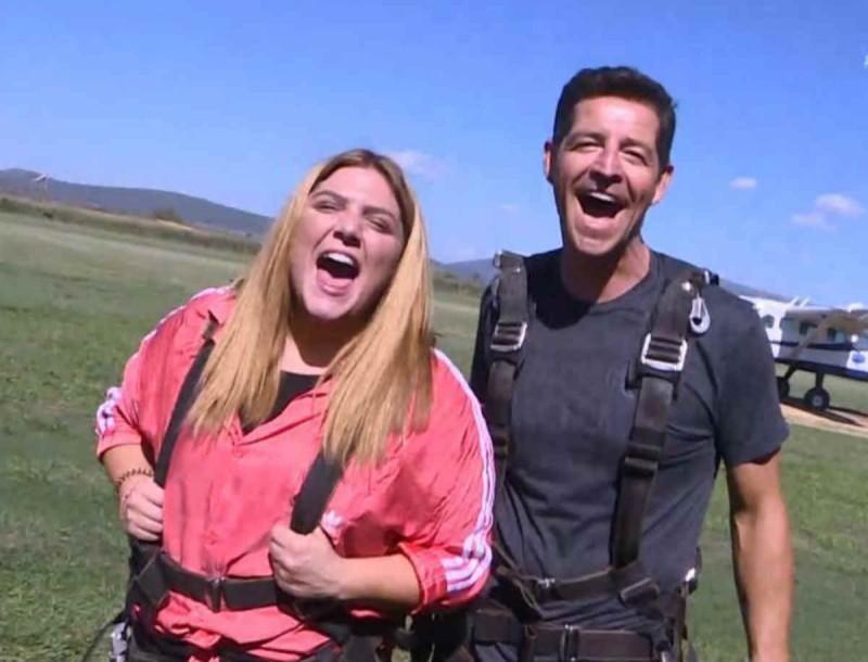 Δαναή Μπάρκα - Απόστολος Ρουβάς: Πήδηξαν από τα 14.000 πόδια - Βίντεο που κόβει την ανάσα