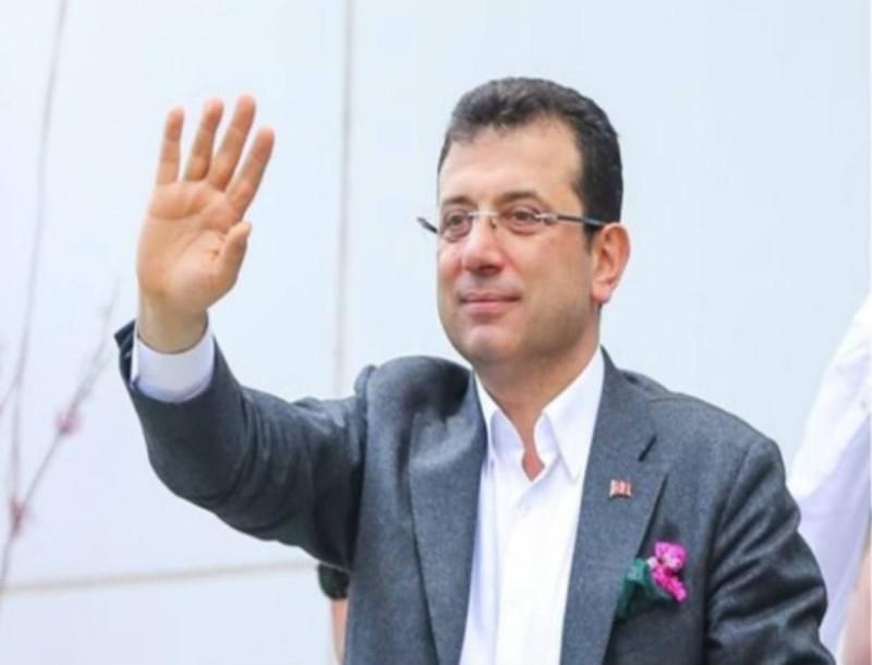 Κορωνοιός: Θετικός ο δήμαρχος Κωνσταντινούπολης!