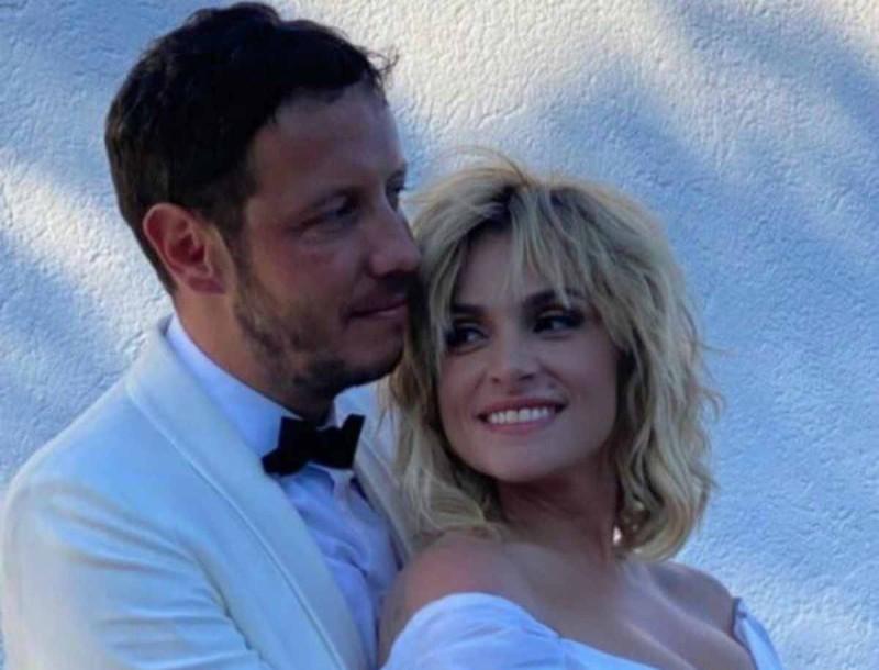 Ελεονώρα Ζουγανέλη - Σπύρος Δημητρίου: Αυτός είναι ο λόγος που δεν ήθελαν να αναβάλλουν το γάμο