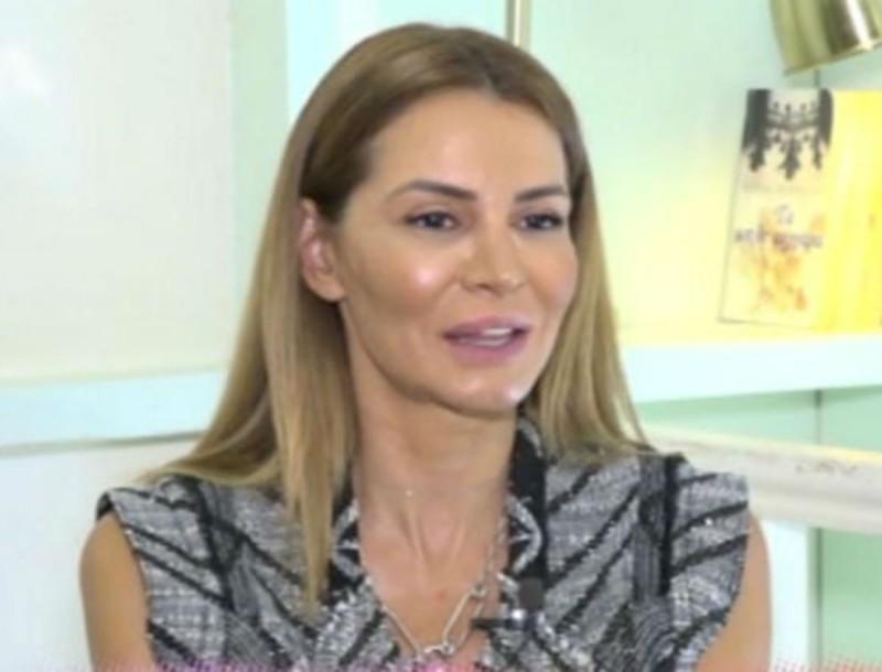 Έξαλλη η Μαρία Καλάβρια: