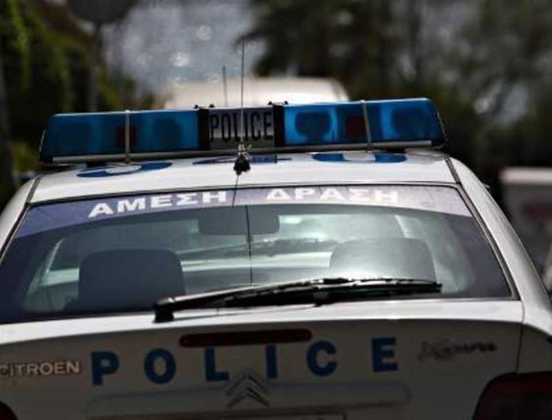 Τραγωδία στα Καλύβια: Άνδρας αυτοκτόνησε μπροστά σε αστυνομικούς