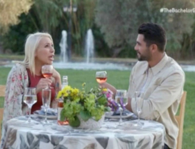 The Bachelor: «Καήκαμε» με την ερώτηση της Εριέττας - Δεν σας πάει ο νους τι απορία είχε