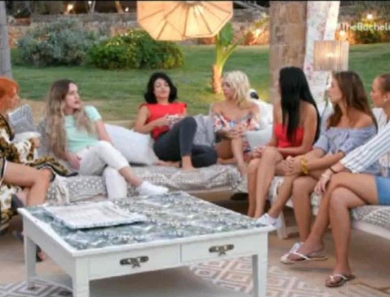 The Bachelor: Έξαλλη η Αντζελίνα με την Στέλλα - Σάστισαν όλες