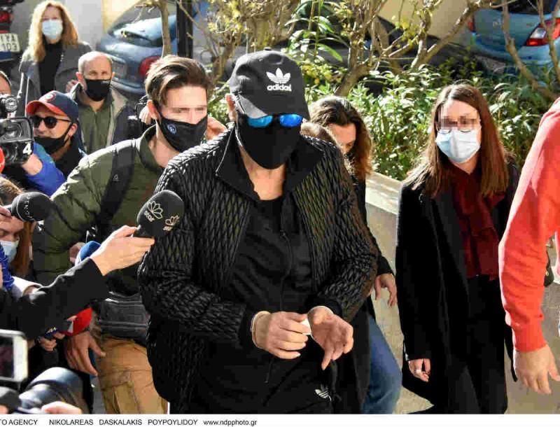 Νότης Σφακιανάκης: Οδηγήθηκε στον εισαγγελέα με χειροπέδες
