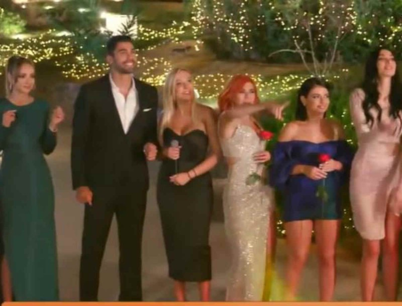 The Bachelor: Μπαίνει  στο παιχνίδι η Έλενα Μπάση - Δεν πιστεύετε με τι ρόλο