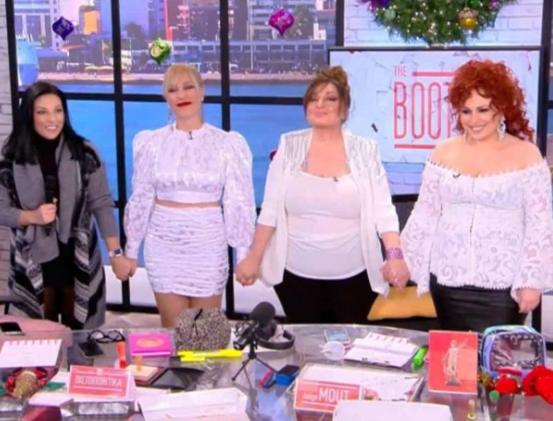 Έριξε επίσημα αυλαία το The Booth - Το συγκινητικό «αντίο» των κοριτσιών
