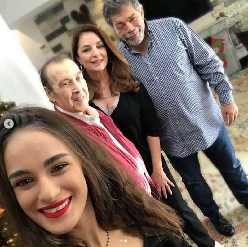 Τόλης Βοσκόπουλος Άντζελα Γκερέκου κόρη σπίτι