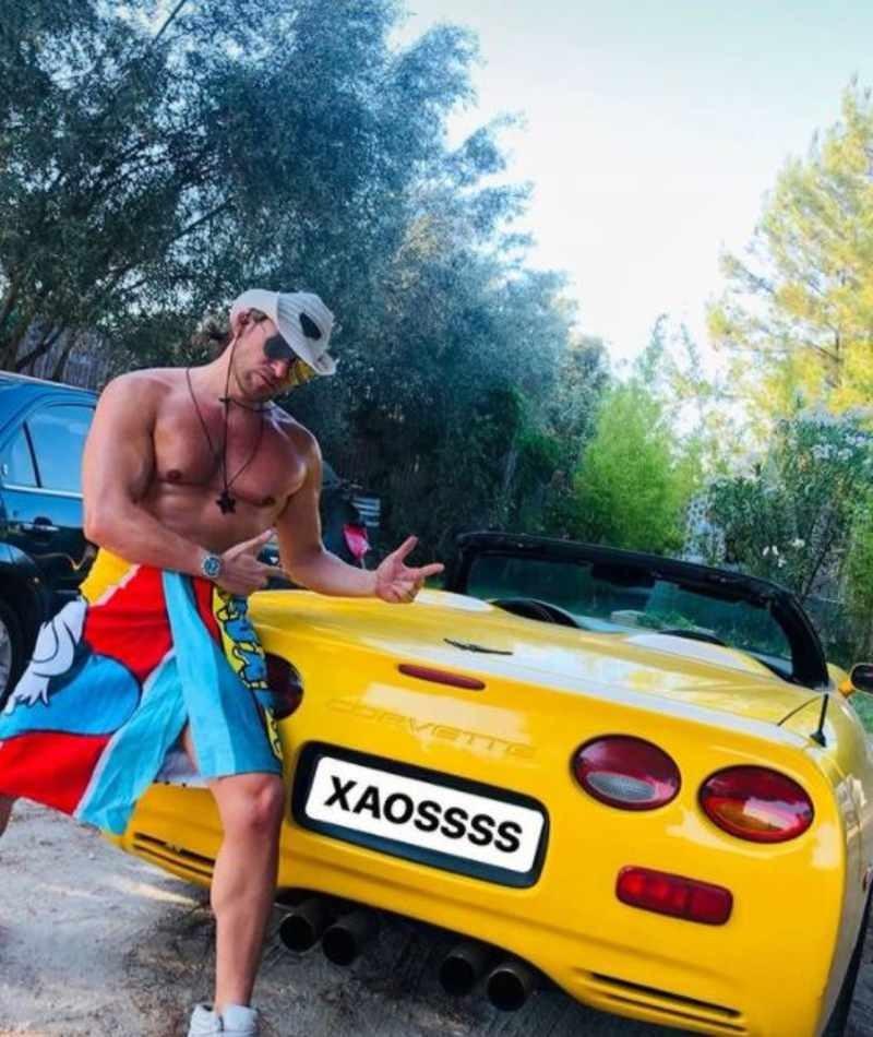 Δημήτρης Πυργίδης κάμπριο αυτοκίνητο