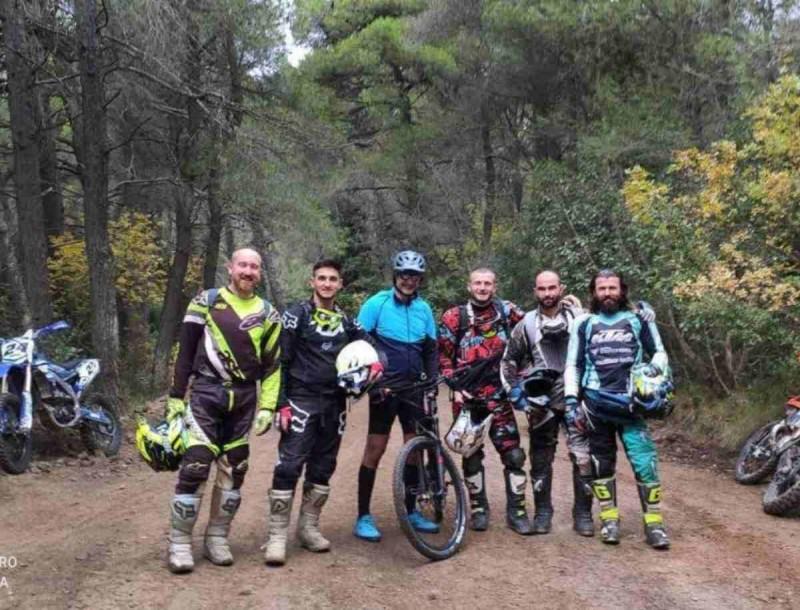 «Ξέσπασε» το Twitter κατά του Κυριάκου Μητσοτάκη - Η βόλτα με ποδήλατο στην Πάρνηθα που έφερε θύελλα αντιδράσεων
