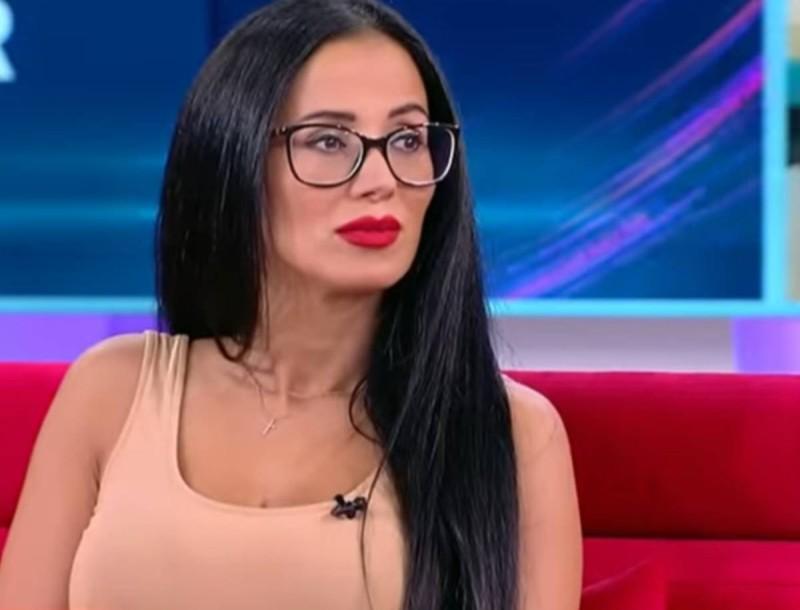 Μεγάλη αμηχανία στο Love it - Η αδιανόητη αντίδραση της Χριστίνας σε ερώτηση για παίκτη του Big Brother