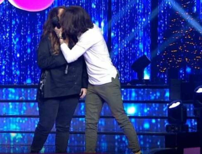J2US - Τελικός: Το on air φιλί Ράμμου και Ζαρίφη - Έμειναν όλοι «κόκκαλο»