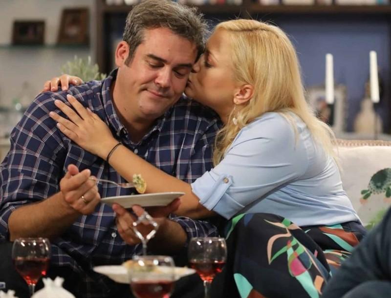Η Φαμίλια (27/1): Ο Γιάννης αποκαλύπτει ένα μυστικό της Τζο