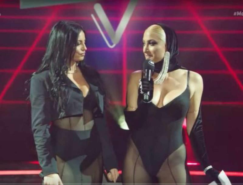 Ιωάννα Τούνη: Άναψε φωτιές στην σκηνή των VMA με την Δήμητρα Αλεξανδράκη