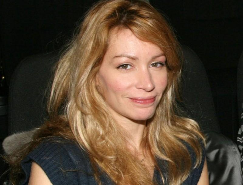Άριελ Κωνσταντινίδη: «Γυναίκα συνάδελφος την ώρα της παράστασης με κακοποιούσε σωματικά»