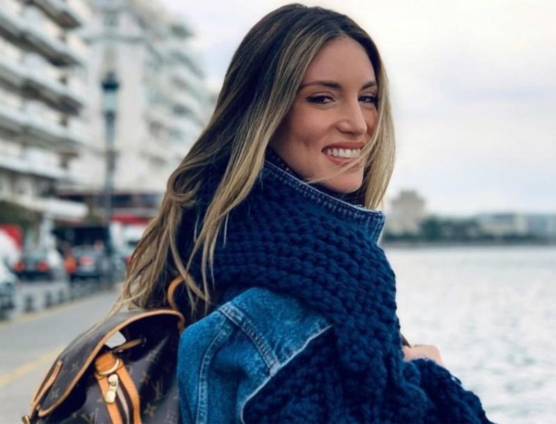Φούσκωσε ήδη η κοιλίτσα της Αθηνάς Οικονομάκου - Ανέβασε την πρώτη της ολόσωμη φωτογραφία
