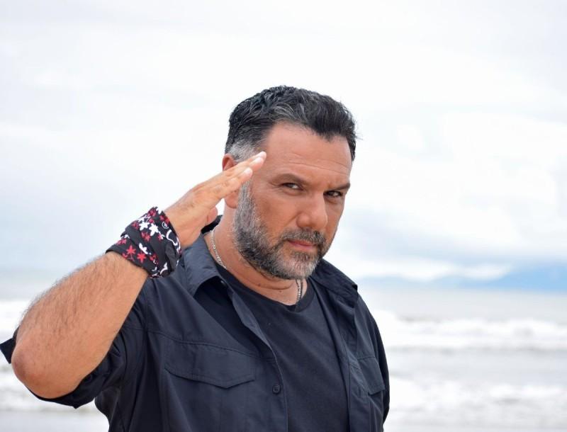 Ξέσπασε ο Γρηγόρης Αρναούτογλου για το Survivor 4 - «Τι παράνοιες είναι αυτές;»