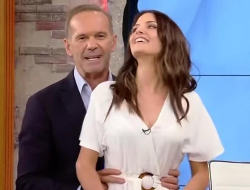 Τρελός και παλαβός ο Κωστόπουλος για την Λιόλιου - Την τραβάει βίντεο όσο χορεύει τσιφτετέλι