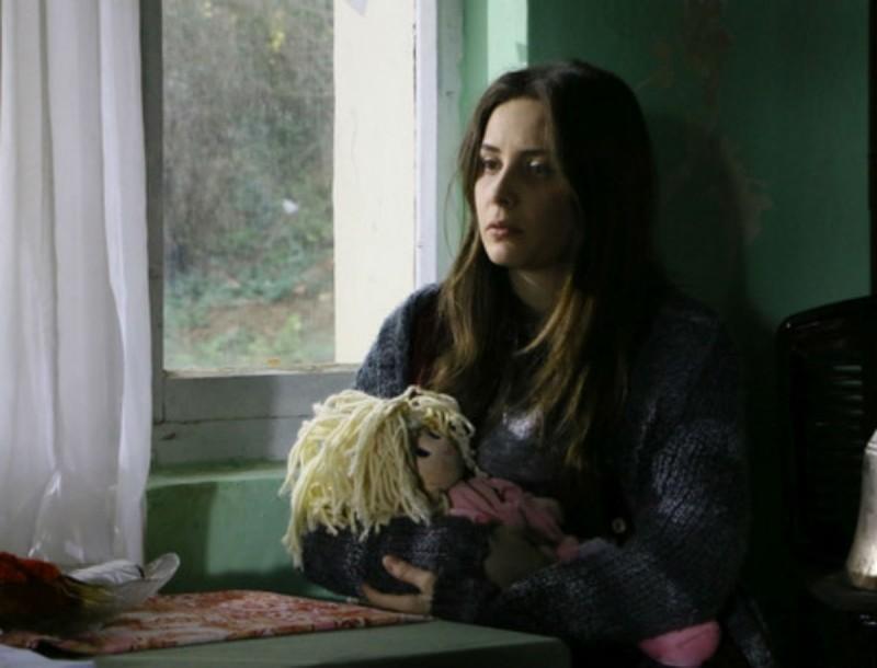 Elif: Η Μελέκ μένει σε ένα εγκαταλελειμμένο σπίτι - Ποιος την ανακαλύπτει;