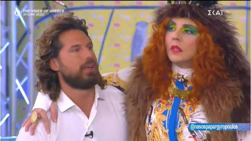 ο Νάσος Παπαργυρόπουλος φίλησε την Βάνια