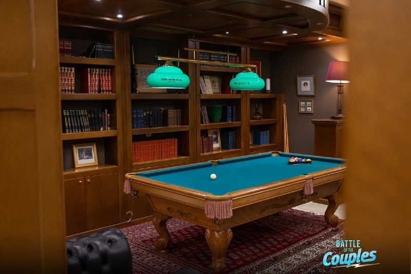 Battle of Couples Play Room