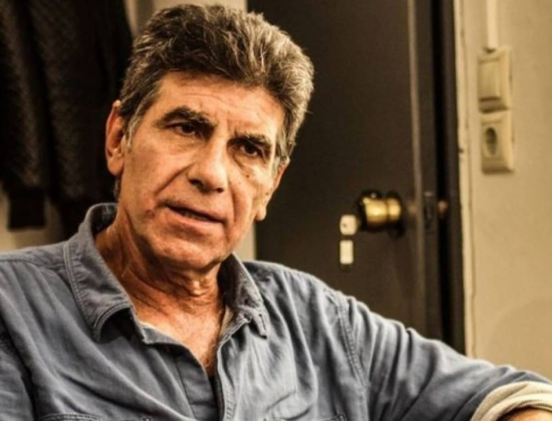 Γιάννης Μπέζος για φίλο του ηθοποιό - σκηνοθέτη: «Όλα αυτά που συμβαίνουν με στεναχωρούν βαθιά»