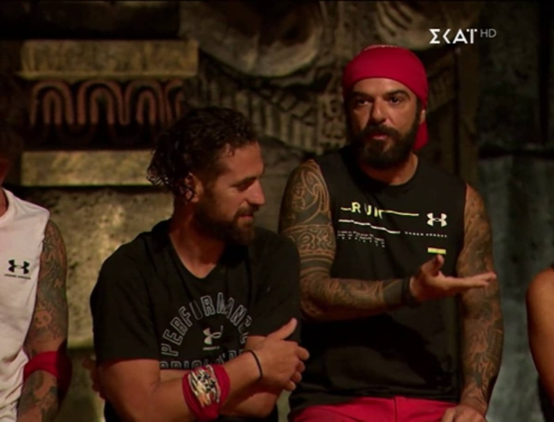 Survivor 4: Στα μαχαίρια ο Τριαντάφυλλος και ο Αλέξης - Έφεραν τα πάνω κάτω στο συμβούλιο