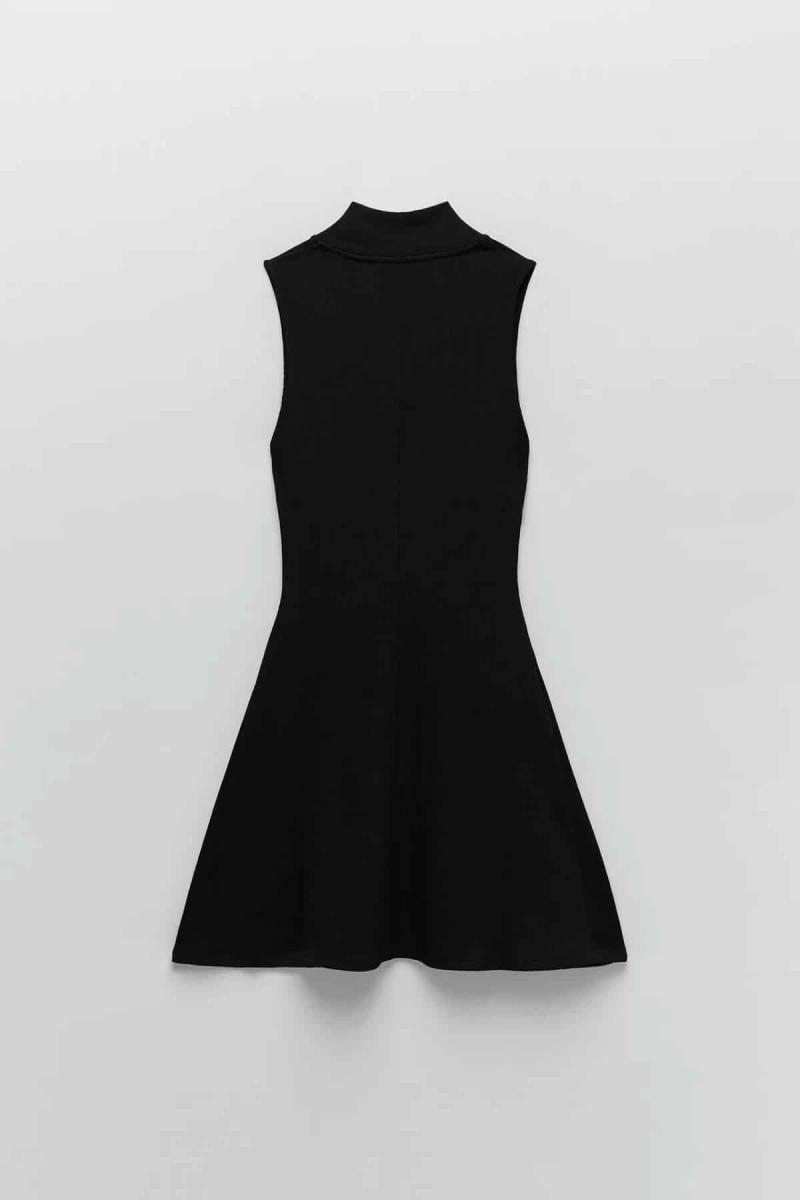 zara μαύρο φόρεμα σε γραμμή Α
