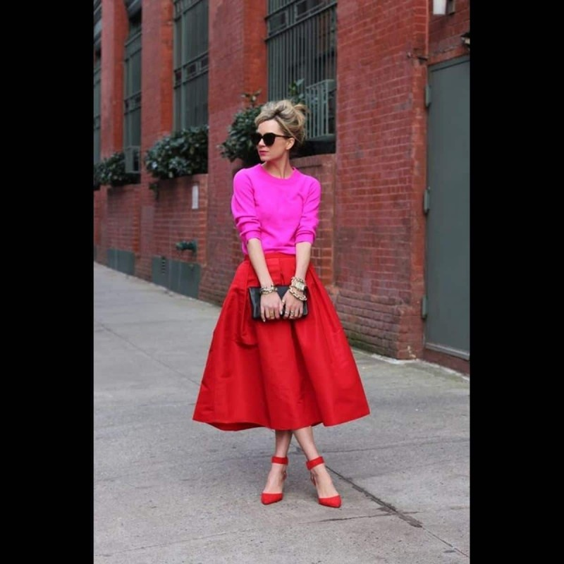 color blocking ροζ και κόκκινο