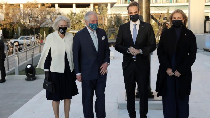 Έφτασαν στην Ελλάδα ο Κάρολος και η Καμίλα