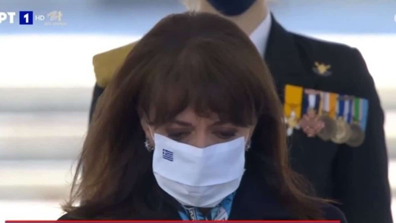 25η Μαρτίου: Δάκρυσε η Κατερίνα Σακελλαροπούλου την ώρα της παρέλασης