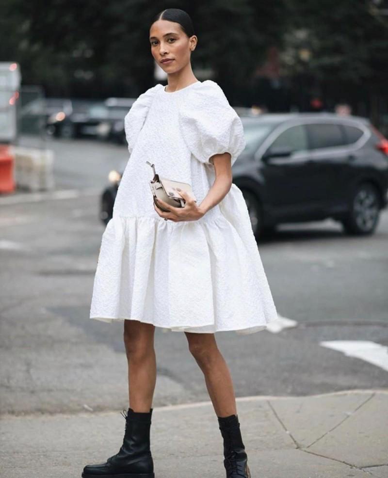 λευκό bold φόρεμα